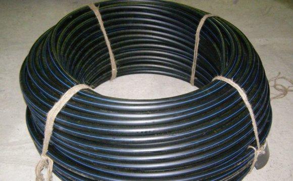 Труба водопроводная